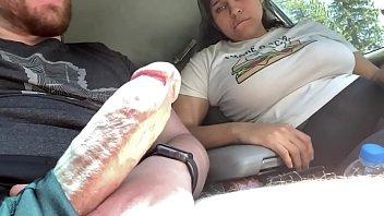 Синхронная мастурбация девки с мужчиной по скайпу