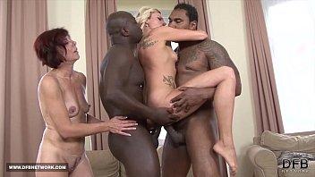Популярное секса клипы от femaleagent