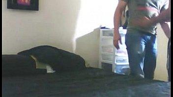 Факер пишет на камеру перепихон с грудастой азиаткой в кроватки