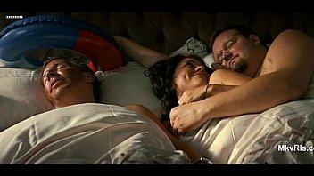 Вечерняя секс оргия трех сексапильных девчоночек и их молодчиков у камина
